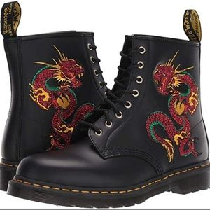 Dr Martens Dragon Embroidery Boots NWOB 4 6 Docs
